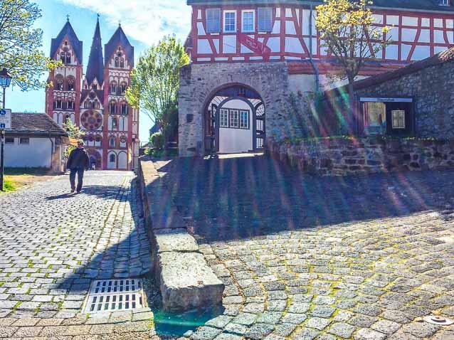 Photo: Eingang Domstraße 12