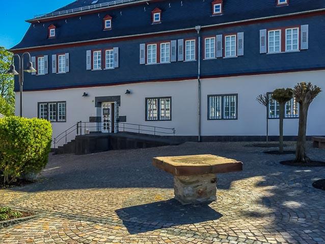 Photo: Domstraße 12