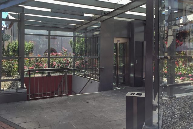 Aufzug - Stadthalle / Rathaus