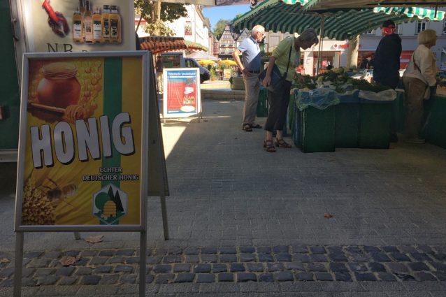 Mittelgang-Wochenmarkt