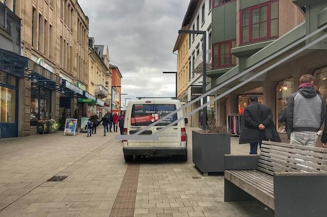 Parken auf dem Blindenleitsystem