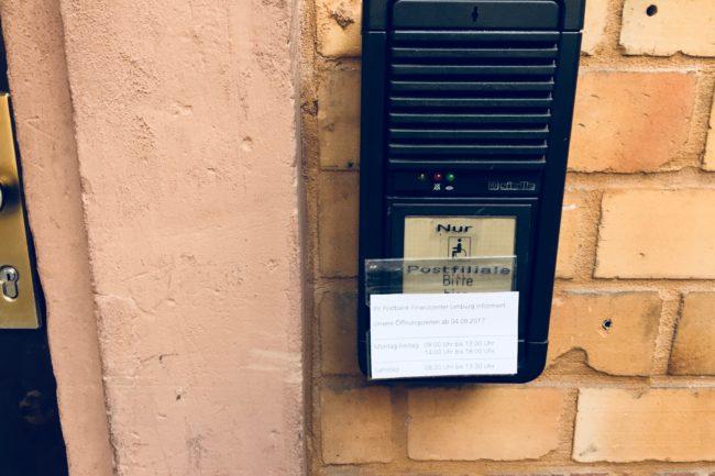Zugänglichkeit zum Postamt
