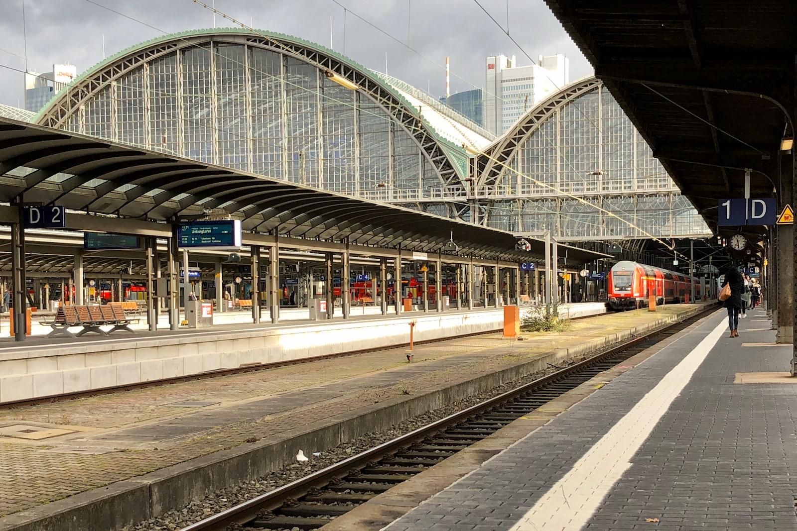 Hauptbahnhof FFM.