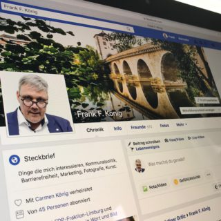 Facebook den Rücken kehren?