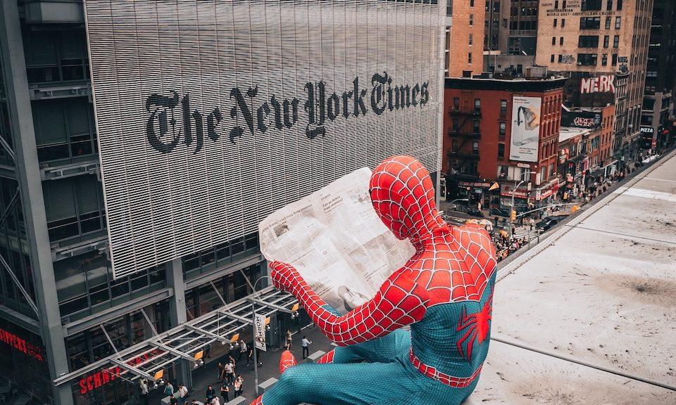 Medienbericht: Helden- oder Opferrolle?