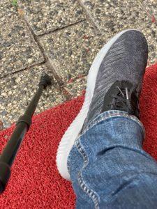 Fuß und Gehstock