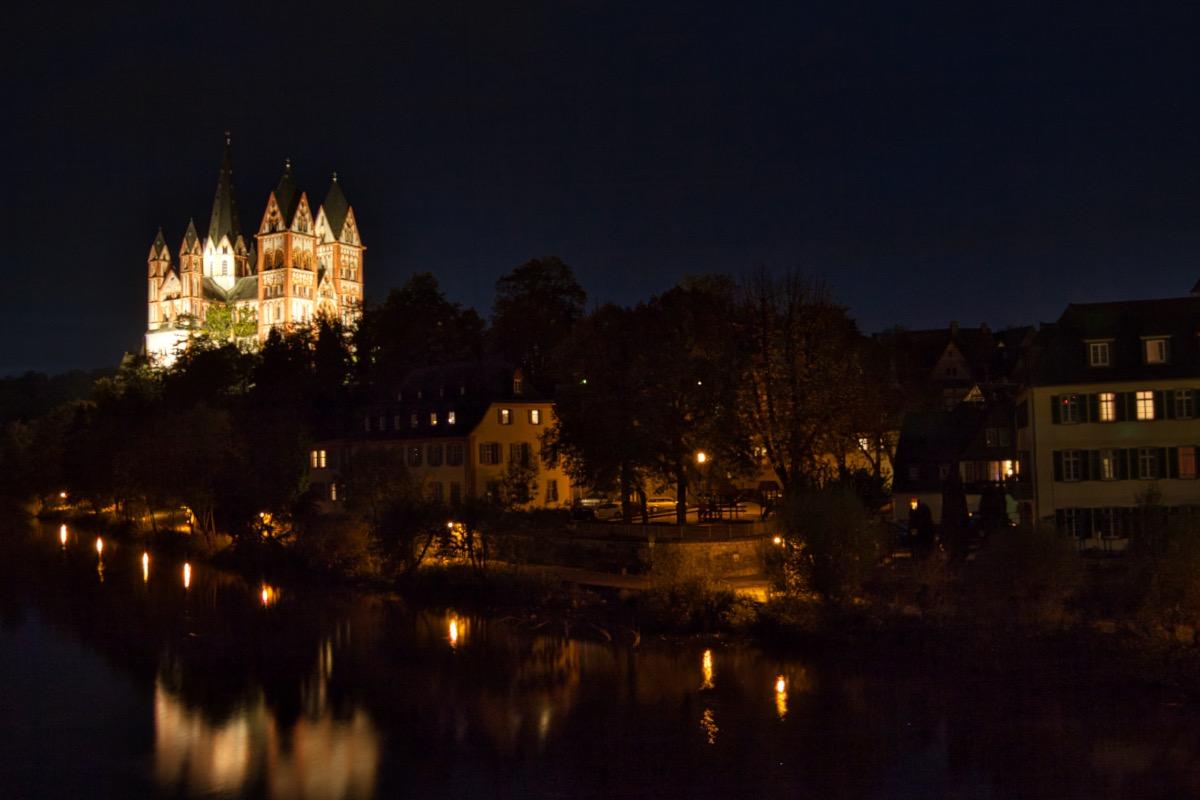 Limburger Dom bei Nacht