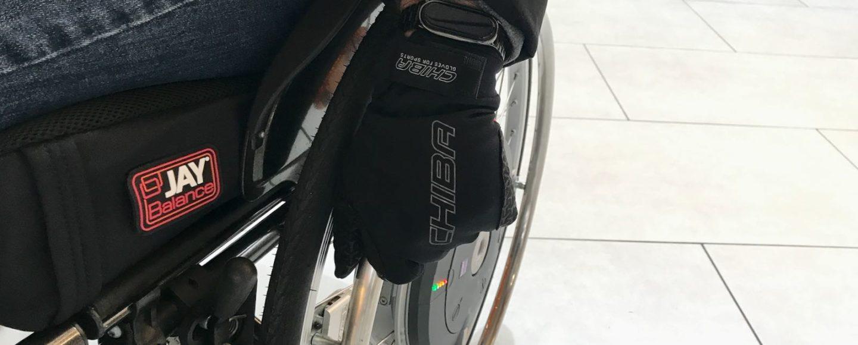 Getestet-Rollstuhlhandschuhe Windstopper geschlossen