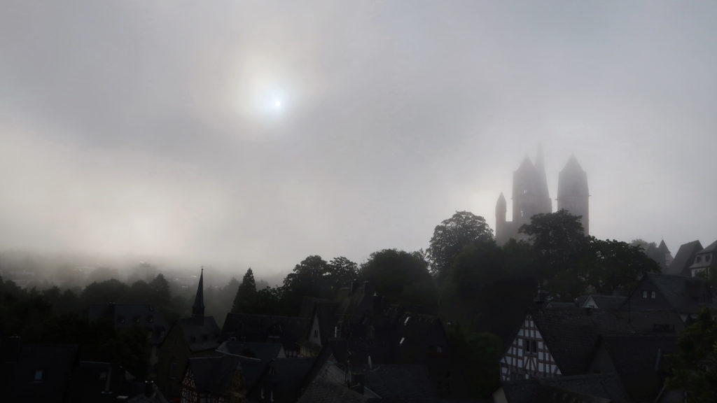 Limburger Dom im Farbrausch?